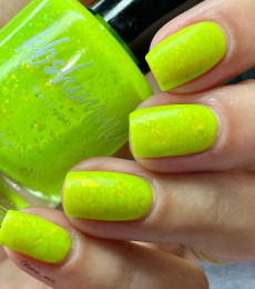 KBShimmer - RV There Yet ? Collection - Easy Glowing Nail Polish