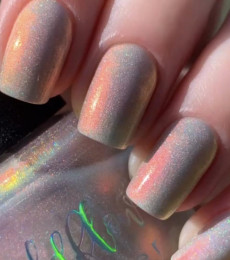 Wildflower Lacquer - Harley's Holos - Butterbean