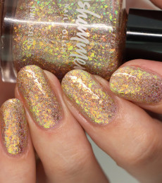 KBShimmer Endless Summer Flakie Collection A Love-Heat Relationship