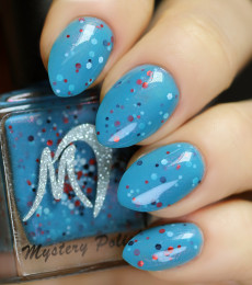 Nailland Exclusive- Mystery Polish- Daisy